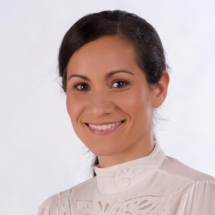 Ms Charlene Grosse